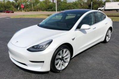 Угонщика Tesla в США нашли по «следам» подзарядок на станциях Supercharger